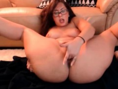 Amateur redhead bbw Michelle with glasses porks her ass