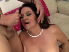Mature Leylani Wood Gets Tongued n Dicked