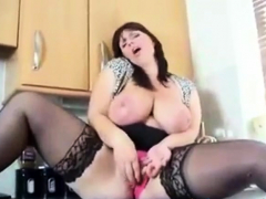 Phat Titted British Lady Shoots a load In Kitchen
