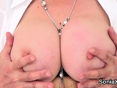 Adulterous brit mature lady sonia exposes her enor65lFq