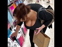 Chesty BBW Boobs Candid