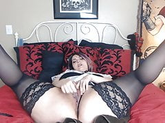 Super-steamy chubby BBW masturbating and splashing