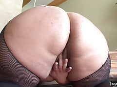 Passionate blond bbw gets her twat crushed hard