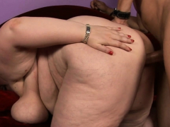 Dude thumbs and drills luscious puss of one obese doll