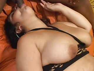 black chubby Girl suck together with fuck