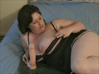 Plumper anal toying