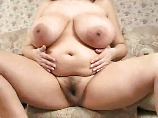 Huge boobs heavens be transferred to curvy natural brunette