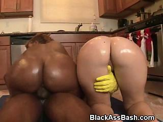Interracial Big Ass Threesome