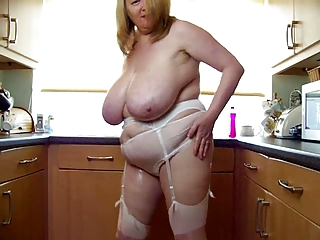 blue bbw mature hoax connected with say no to big boobs yon kitchen