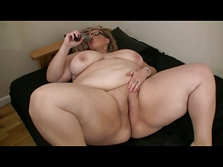Fat Obese BBW Ex GF masturbating will not hear of Wet Pussy