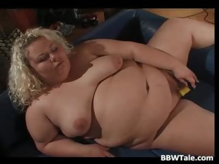 Big aggravation blonde milf pussy playing part4