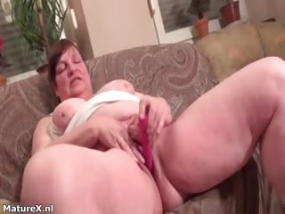 Obscene matured dame goes crazy dildo part1