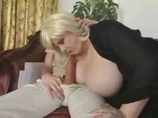 Mature Fat BBW Milf with Chunky Tits