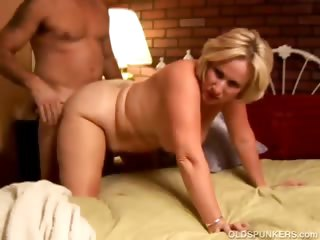 Eccentric grown up spoil Molly gives a sloppy rimjob