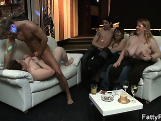 Chesty unshaded gets fucked at party