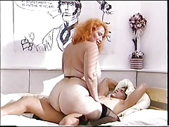 Big arse  mature pounds a youthfull fuckpole