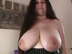 Plumper in Outdoors-Anal by 2 Fellows