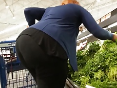 HUMONGOUS is this the biggest natural booty of 2017???